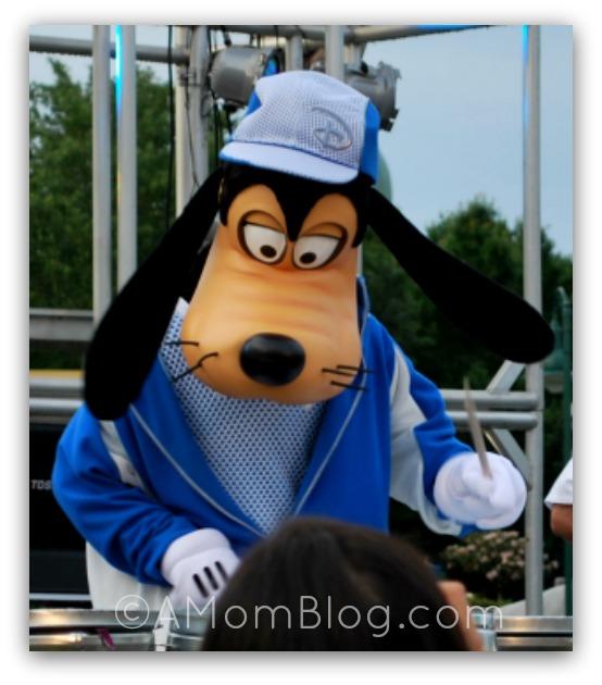 Goofy on Drums DisneyWorld